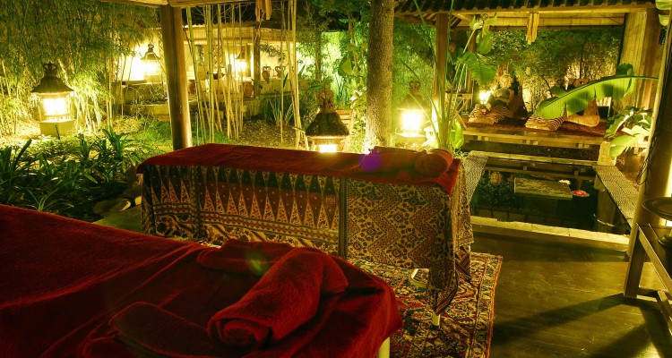 Fairlawns boutique hotel spa wins best world luxury spa for Award winning boutique hotel