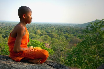 little-monk-meditate