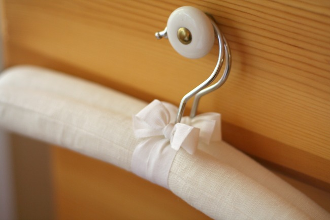 Out-of-the-Closet-Hangers-in-White-Linen-www.bestofthislife.com_