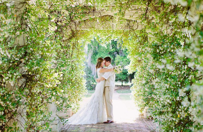 0-spring-wedding-at-pebble-hill-plantation