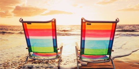 chairs_on_summer_sunset_beach-2560x1600