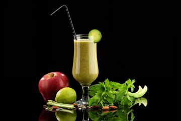 STAVE OFF COLDS AND FLU WITH ROOIBOS POWER SMOOTHIES