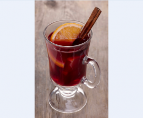 EASY-TO- MAKE GLÜHWEIN WITH PLACE IN THE SUN MERLOT THIS WINTER