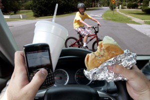 EIGHT LIFESAVING TIPS TO HELP AVOID DISTRACTION WHILE DRIVING