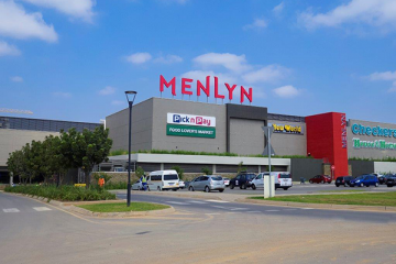 The extension of Menlyn Park Shopping Centre in Pretoria has been awarded a 4-star Green Star Retail Design rating by the Green Building Council of South Africa (GBCSA) for the substantial effort undertaken to develop their first building phase, on environmentally friendly design and construction principles.