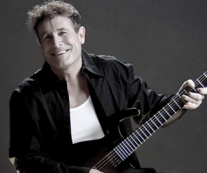 JOHNNY CLEGG: 2016 CLASSIC HITS TAKE ON A NEW ADVENTURE