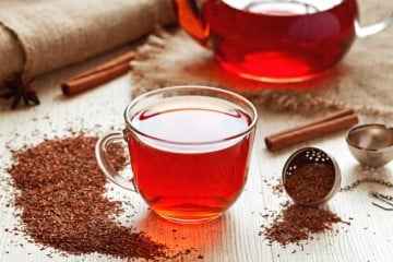 ROOIBOS TEA COULD MITIGATE NEGATIVE EFFECTS OF HEAVY BOOZING OVER THE HOLIDAYS