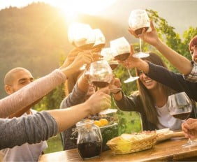 LOVE FOOD, WINE AND TRAVEL? EXPERIENCE IT ALL – VOTE NOW IN THE KLINK AWARDS