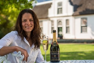 ADD BLUSH SPARKLE TO MOTHER'S DAY CELEBRATIONS WITH BOSCHENDAL BRUT ROSÉ BUBBLY