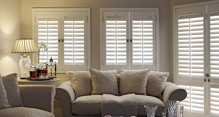 SHUTTING IN THE WARMTH THIS WINTER WITH PLANTATION SHUTTERS