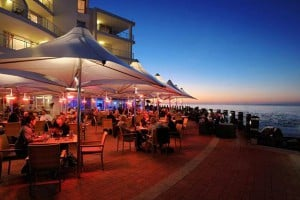 MOTHER'S DAY LUNCH BUFFET AT RADISSON BLU WATERFRONT