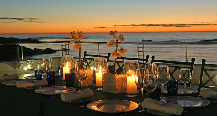 12 APOSTLES HOTEL & SPA AND OYSTER BOX WINTER WARMERS