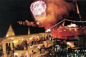 BID FAREWELL TO 2018 AT THE V&A WATERFRONT THIS NEW YEAR