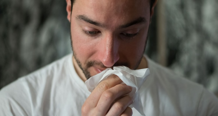 ALLERGIES AND SPORTS – WHY ATHLETES ARE MORE PRONE TO ALLERGIC RHINITIS