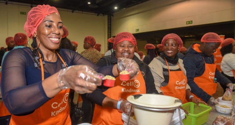 Cell C Partners with Rise Against Hunger for Nelson Mandela Day