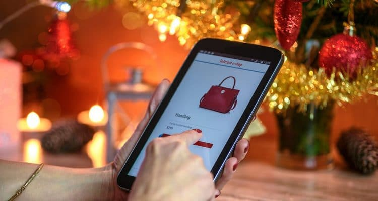 10 New E-commerce Functionalities for the Holidays