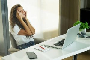 IS A BORING WORK SPACE EFFECTING YOUR MENTAL HEALTH?