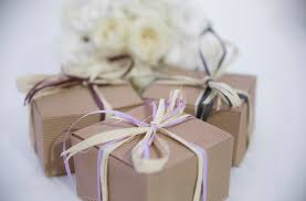 Wedding Season: Top 5 gifts to give at the bridal party