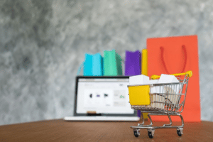 #BLACKFRIDAY: HOW YOUR SMALL BUSINESS CAN CUT THROUGH THE CLUTTER