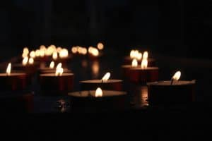 HOW SMEs CAN KEEP THE LIGHTS ON WHEN THE POWER GOES OUT