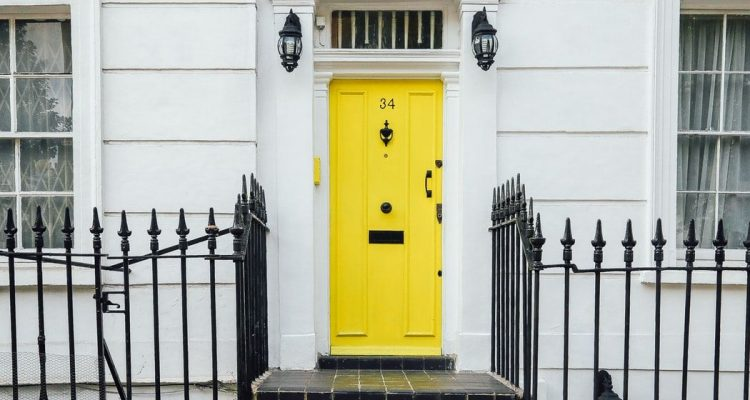 HERE'S HOW YOU CAN MAKE YOUR ENTRANCE TO YOUR HOME A LASTING IMPRESSION