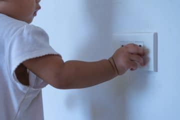 80% of injuries in young children occur in or around the home, and with families having been cooped up in their homes for weeks on end during lockdown many parents of babies and young toddlers will have realised how potentially unsafe their homes actually are – with hazards lurking in every room.