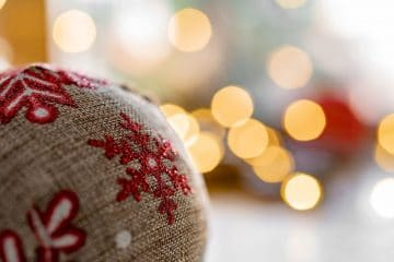 5 WAYS TO GIVE YOUR HOME A FESTIVE FEELING IN A FLASH