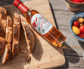 We invite all our foodie friends to get creative this 24th September, as we light our fires and celebrate our heritage together. We believe that our Chilli oil is the perfect accompaniment to just about any dish with it's 'bite of flavour'.