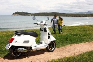VESPA HELPS YOU BECOME GREENER THIS SPRING