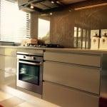 Kitchen design - Handle Free Zone and Bespoke Splashback