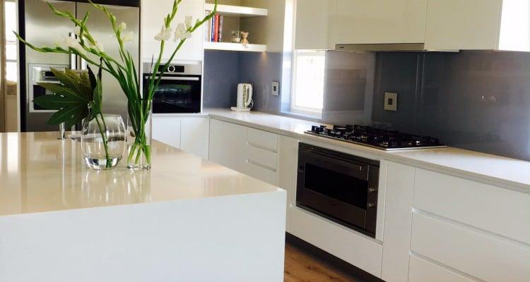 Open plan kitchen design - Kitchen Finishes contemporary