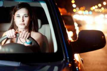 SAFETY TIPS FOR WOMEN DRIVING ALONE