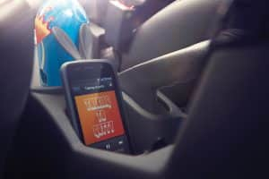 DECLUTTER THE CAR FOR SAFER AND HAPPIER RIDE