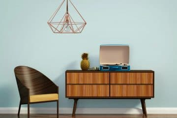 FURNITURE – HOW TO WORK THE OLD WITH THE NEW