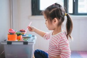 NUTRITIOUS SNACKS TO KEEP KID'S BRAINS STIMULATED