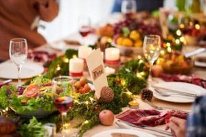 HEALTHY EATING HACKS FOR THE HOLIDAY SEASON