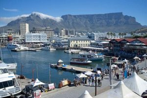 SINDISO'S SENSATIONAL SUMMER PALACE AT THE V&A WATERFRONT