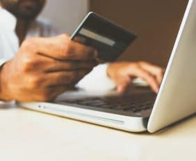5 TIPS TO HELP YOU MANAGE CREDIT DURING THE FESTIVE SEASON