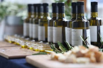 MEET LINDA COSTA AND ENJOY A TASTY LUNCH INSPIRED BY OLIVE OIL AND DELICIOUS WINE