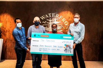 STREET CHILDREN BENEFIT FROM THE V&A WATERFRONT'S GIFT-WRAPPING INITIATIVE