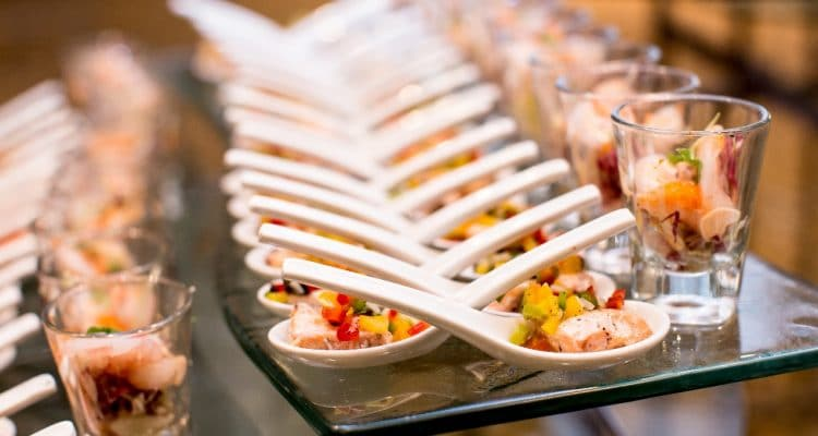 BEST OPTIONS WHEN SERVING MEALS IN STYLE AT YOUR RECEPTION