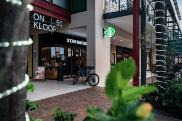 STARBUCKS BRINGS THE THIRD PLACE TO KLOOF STREET